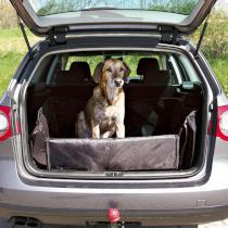 Mata do bagażnika samochodu (trixie)