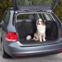 Mata do samochodu przeznaczona do zabezpieczenia bagażnika